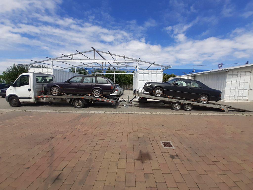 Kisteherautó vagy két (2) autó szállítása egyszerre